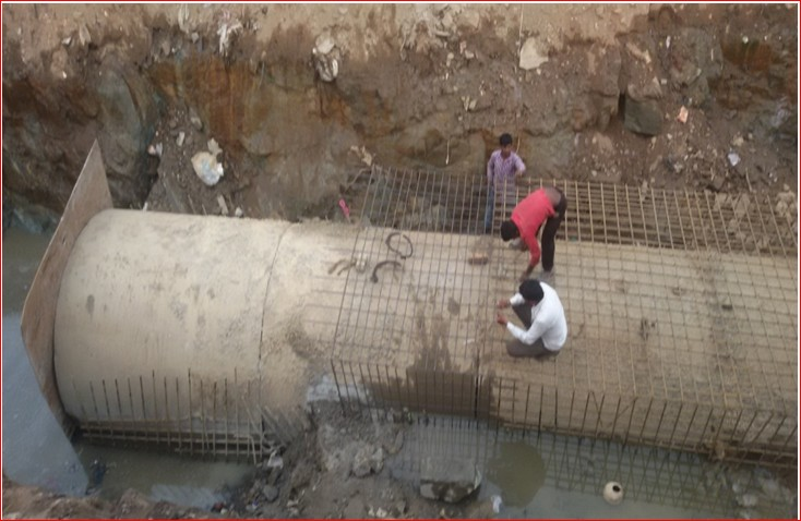 Bangalore - laying of deep sewer mains