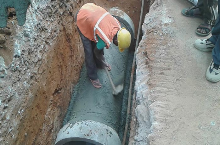 Construction-of-400-mm-sewers