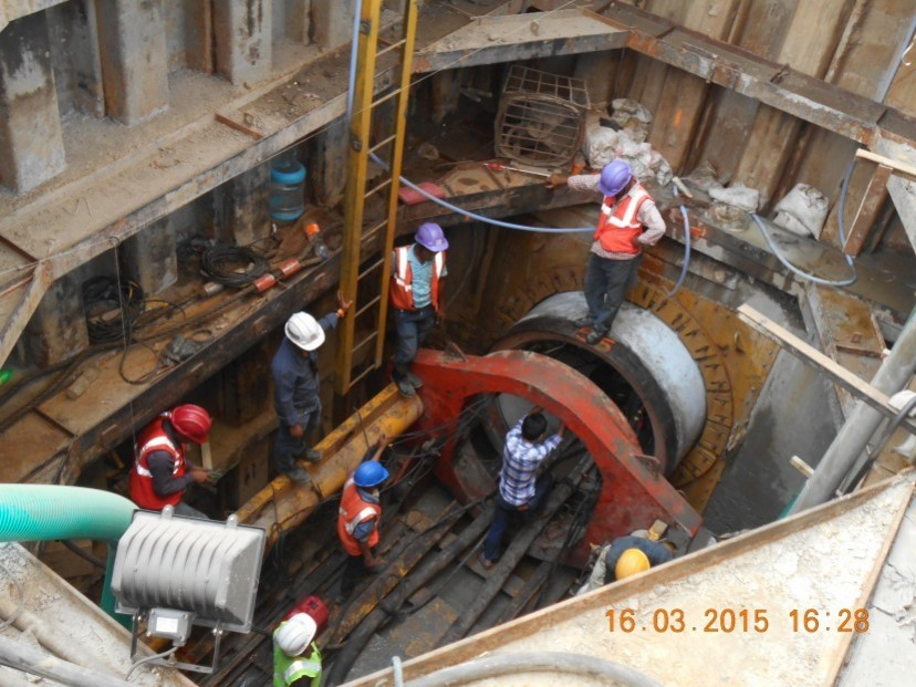 Layying of large diameter sewer by trenchless method in Kolkata